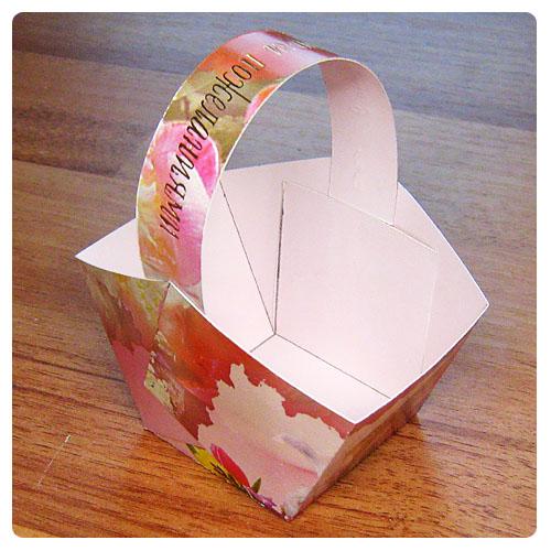 Бумажная корзиночка